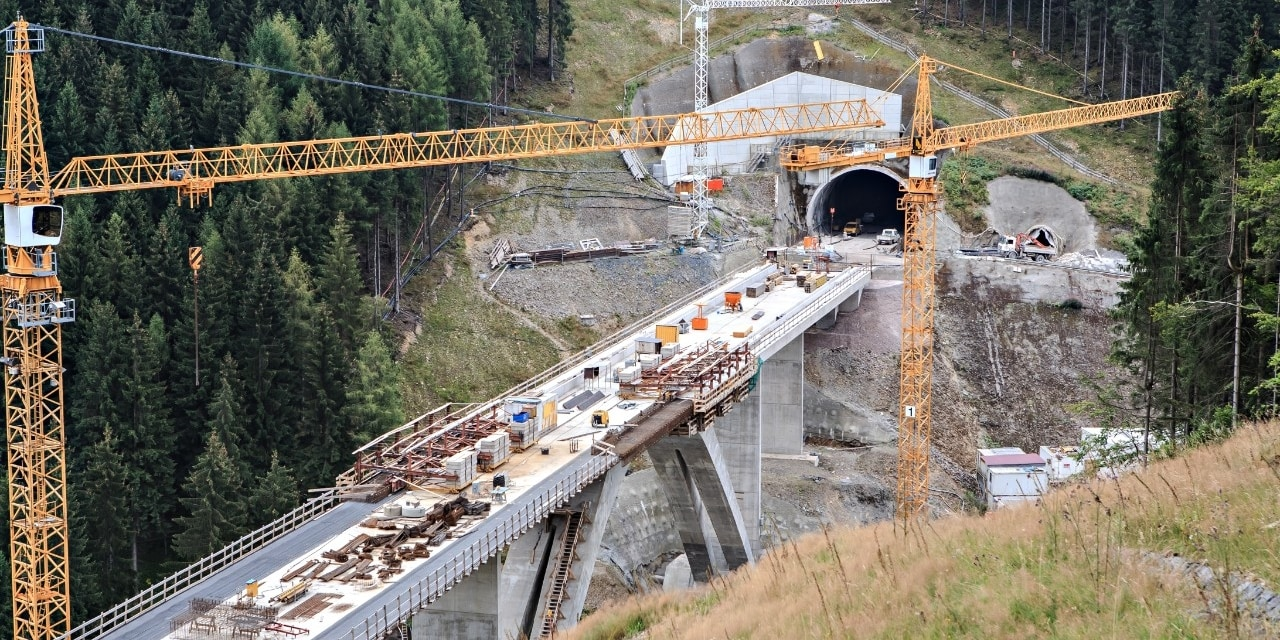 Construction de ponts et de tunnels